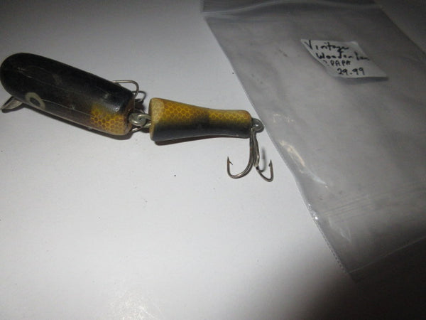 HOOK LINE & SINKERS FISHING LURES AND MORE! PRE OWNED AS IS NO RETURNS FREE SHIPPING AND HANDLING