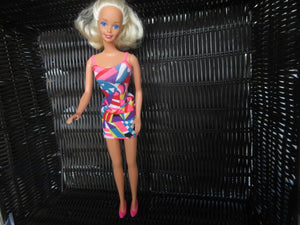 BARBIE 1966 CHINA WEARING HOT PINK SHOES AS IS SHIPPING AND HANDLING INCLUDED IN PRICE