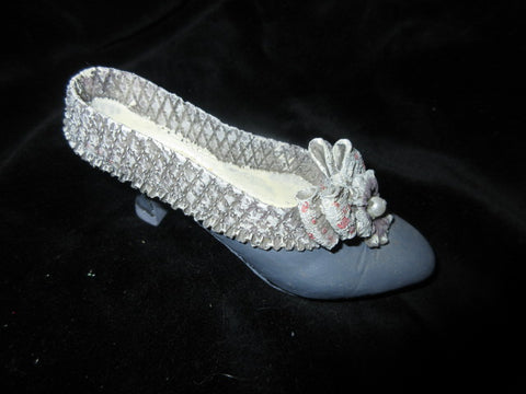 CERAMIC BLUE SHOE  DECORATIVE TOE COVERING