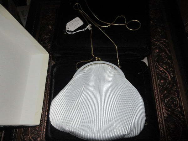 SILVER GREY RIBBED SHINY FABRIC NEW IN BOX CELLPHONE COMPATABLE, SOLID CLASP CLOSURE,  SHOULDER CHAIN VINTAGE EVENINGBAG