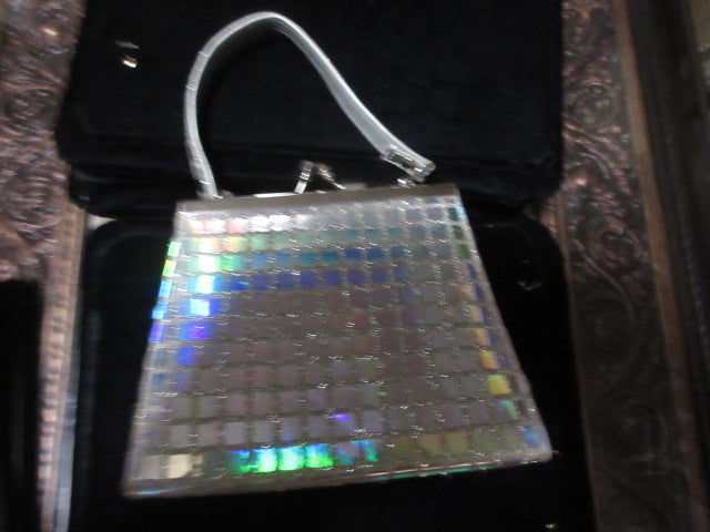SILVER SHINEY BOX STYLE BAG MORE MODERN THAN VINTAGE SHORT HANDLE CARRY