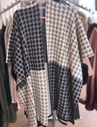 'Helene' Dogtooth Patterned Wrap Poncho Cape