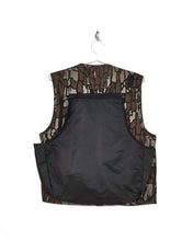 Load image into Gallery viewer, Trebark Camo Hunting Vest