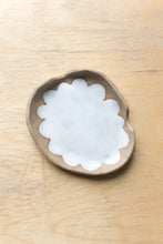 Load image into Gallery viewer, Scalloped Ashtray For Two - Tan + White