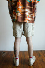 Load image into Gallery viewer, Columbia Technical Shorts Size 32-38
