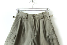 Load image into Gallery viewer, Khaki Green Hiking Shorts Size 26 to 27