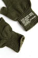 Load image into Gallery viewer, Wool Military Fingerless Gloves - Green