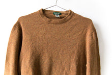 Load image into Gallery viewer, Lambswool Sweater