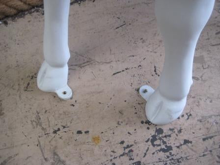 EXAMPLE OF A FOOTPLATE FITTING. NOT STANDARD SPEC.
