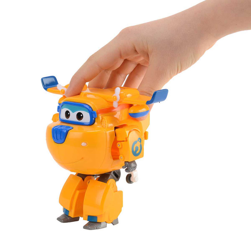 Super Wings - Transforming Donnie