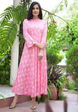 Load image into Gallery viewer, Rayon Printed Anarkali Kurta