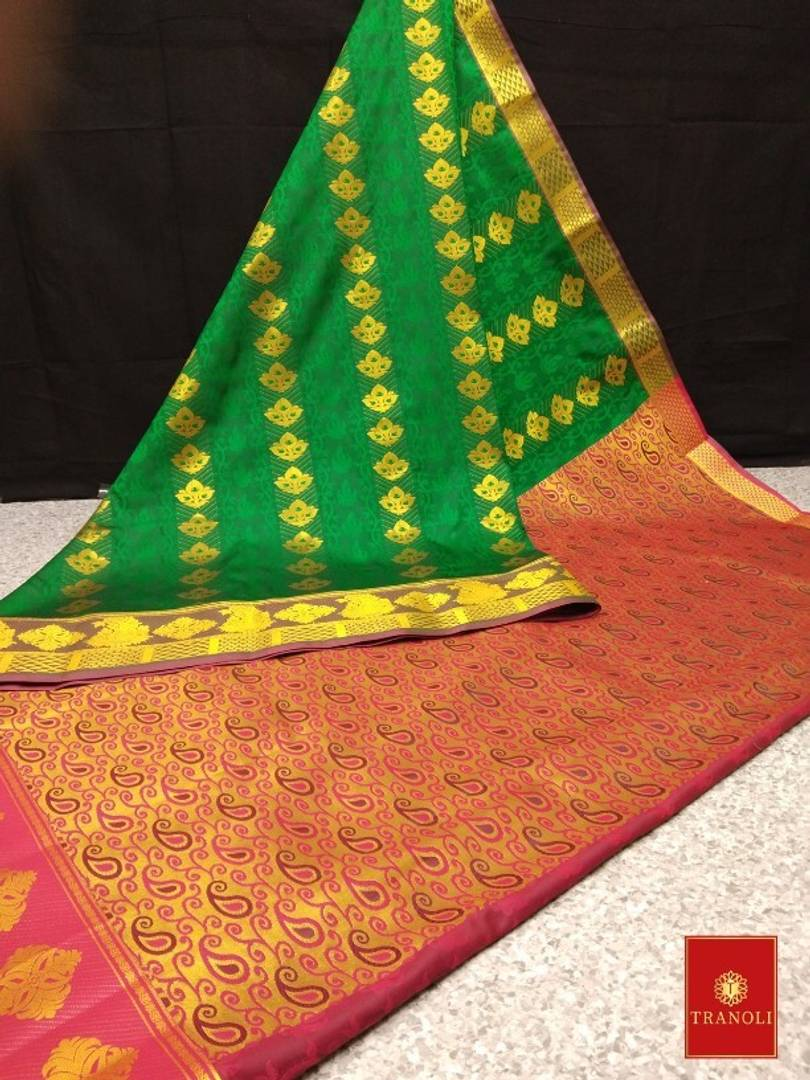 Tranoli Embossed Semi Silk Zari Woven Saree with Contrast Rich Pallu and Blouse Piece