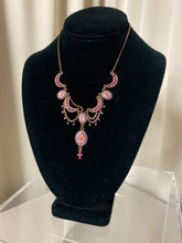 Load image into Gallery viewer, Pink Necklace