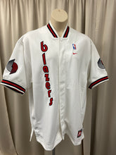 Load image into Gallery viewer, Nike Vintage Portland Trail Blazers Throwback Shooting Jacket
