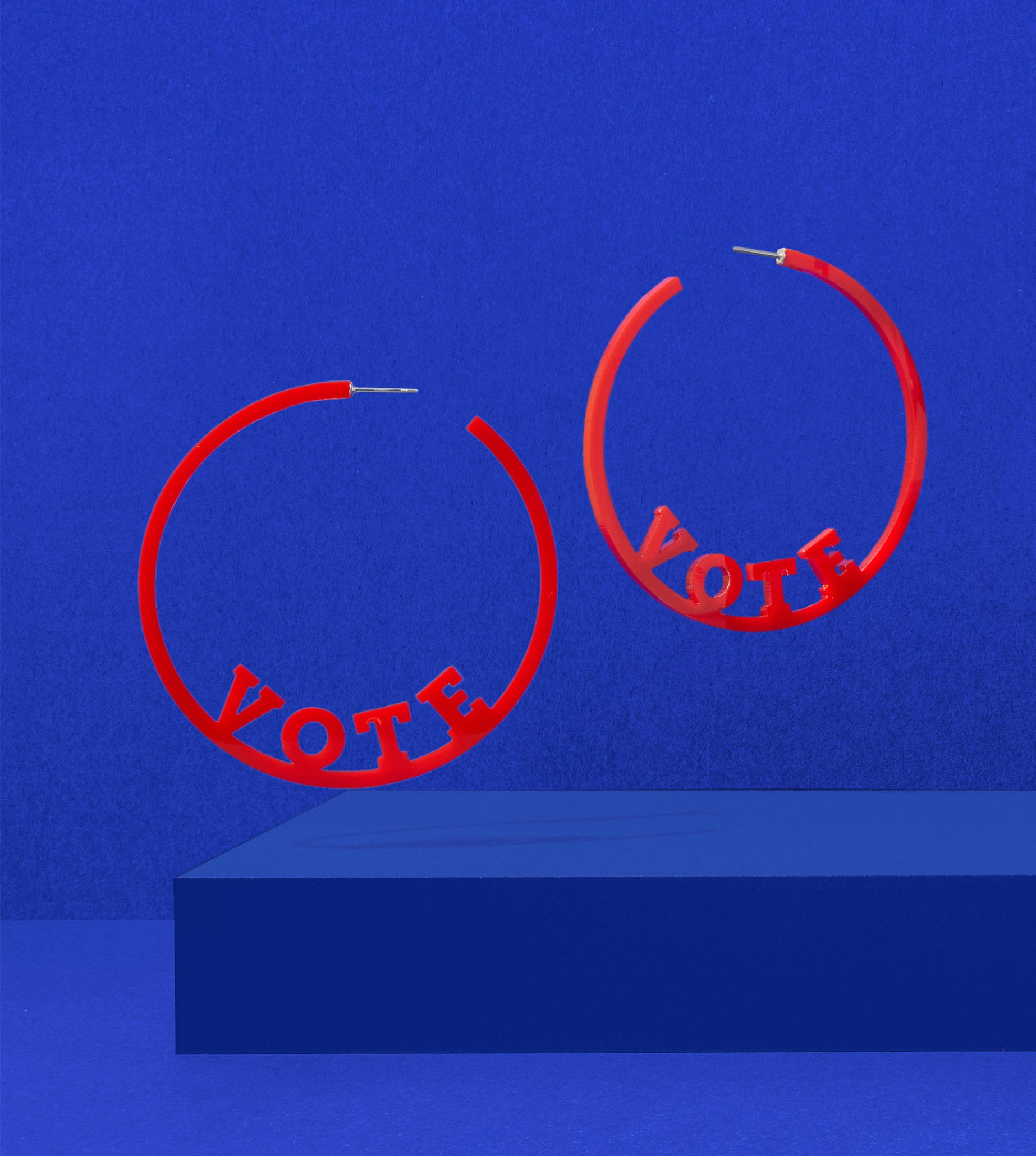 CIVIC CHIC HOOPS – RED