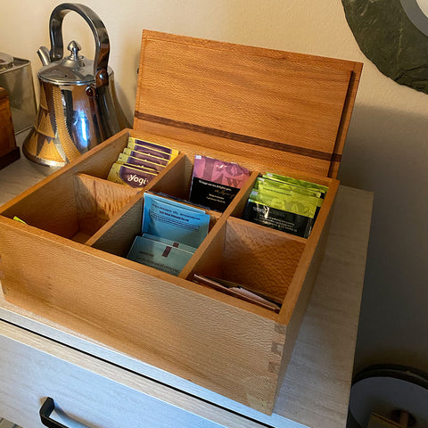 Wood tea box, dividers with different holding 6 kinds of tea