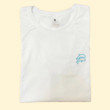 Load image into Gallery viewer, Slim fit white t-shirt for minamalist