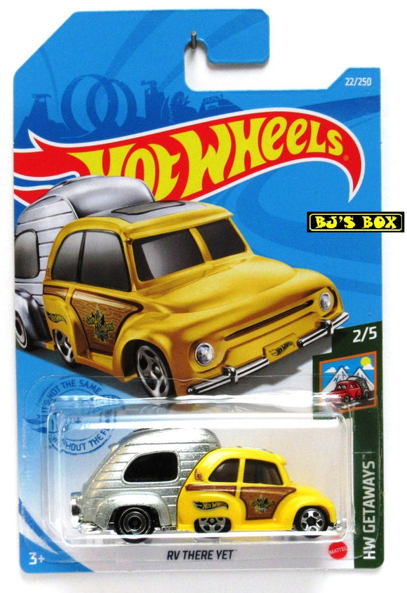 2021 Hot Wheels RV THERE YET #22/250 Yellow Silver Camper Car 2/5 HW Getaways New