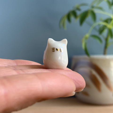 Porcelain Kitty Cat Miniature