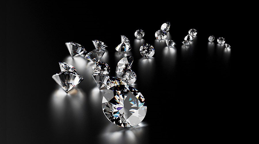 Guy Edward Family Jewelers carries loose GIA certified diamonds available in all shapes, sizes, and price points.