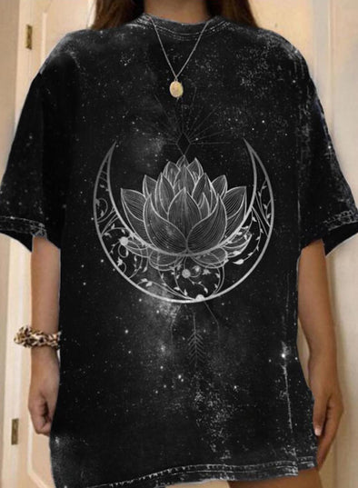 Black Women's T-shirts Moon Mandala Print Drop Shoulder T-shirt LC2527370-2