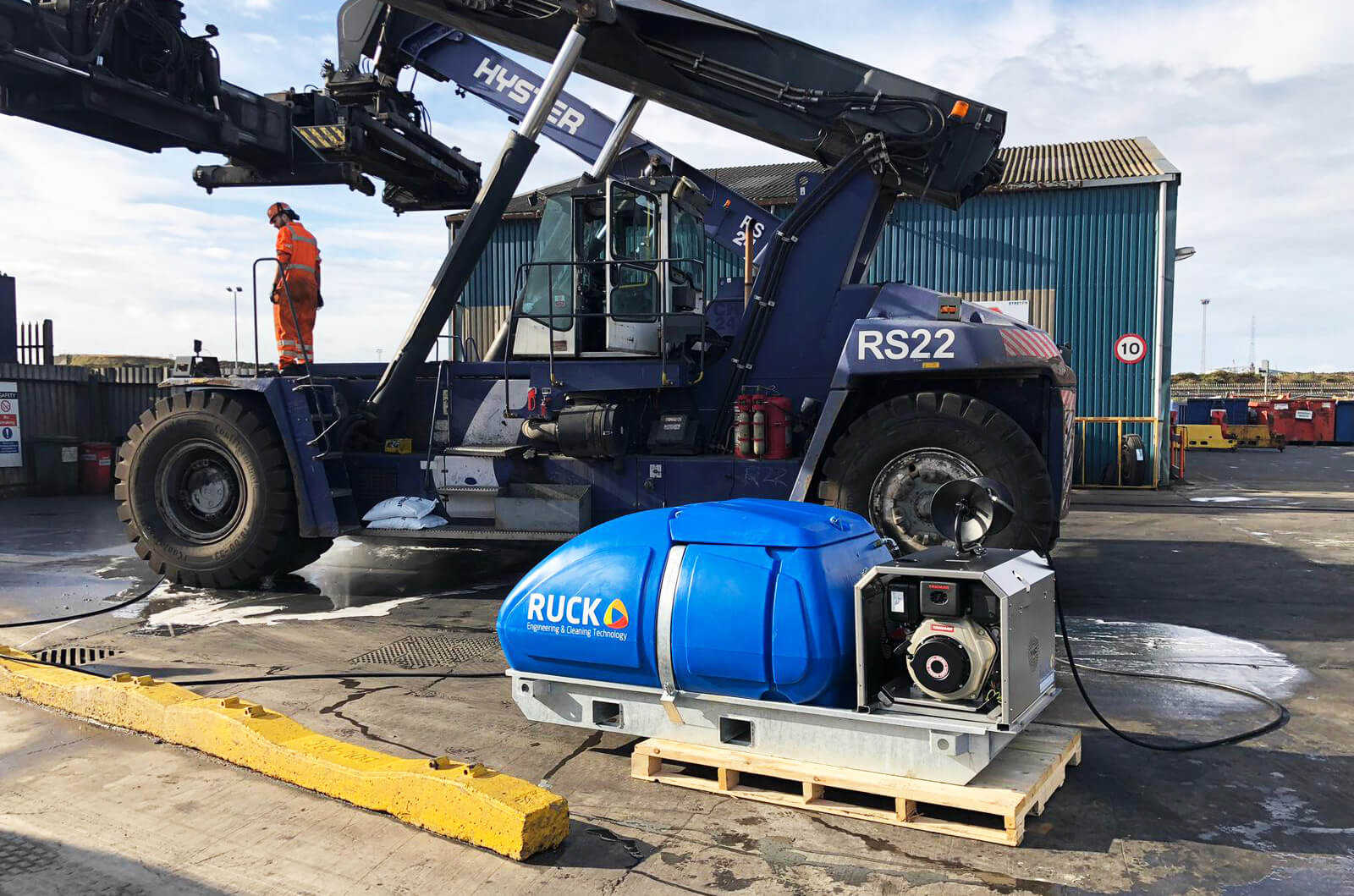 Ruck Engineering - Supplying industrial pressure washer equipment throughout Middlesbrough, Teesside and the Tees Valley.