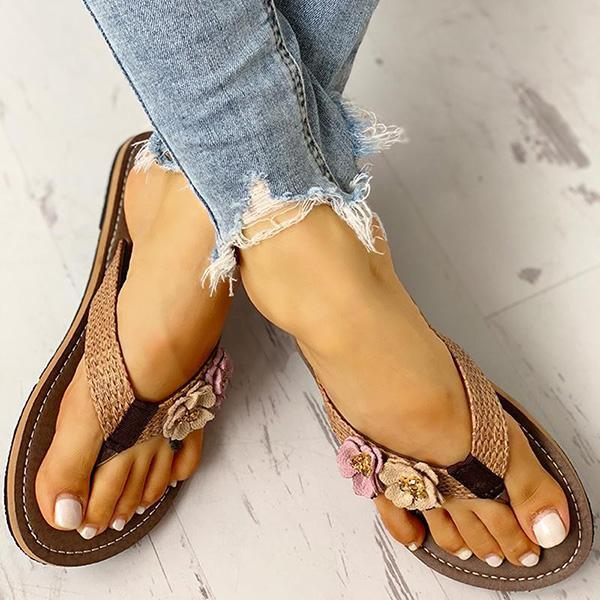 Faddishshoes Flower Design Flat Sandals