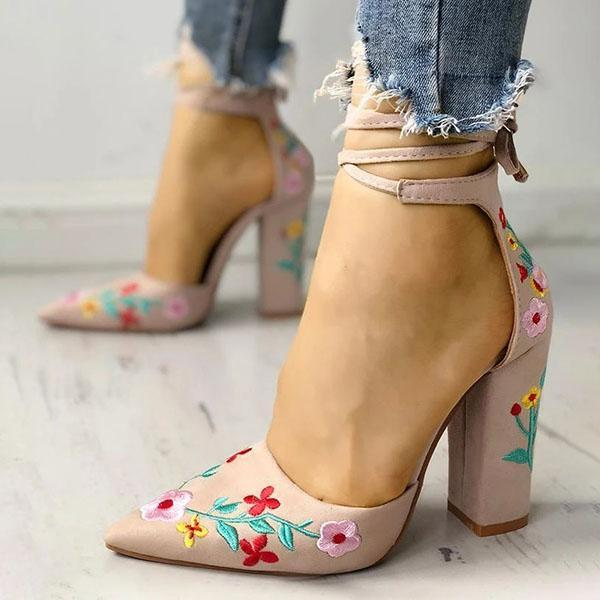 Faddishshoes Floral Embroidered Pointed Toe Chunky Heeled Sandals
