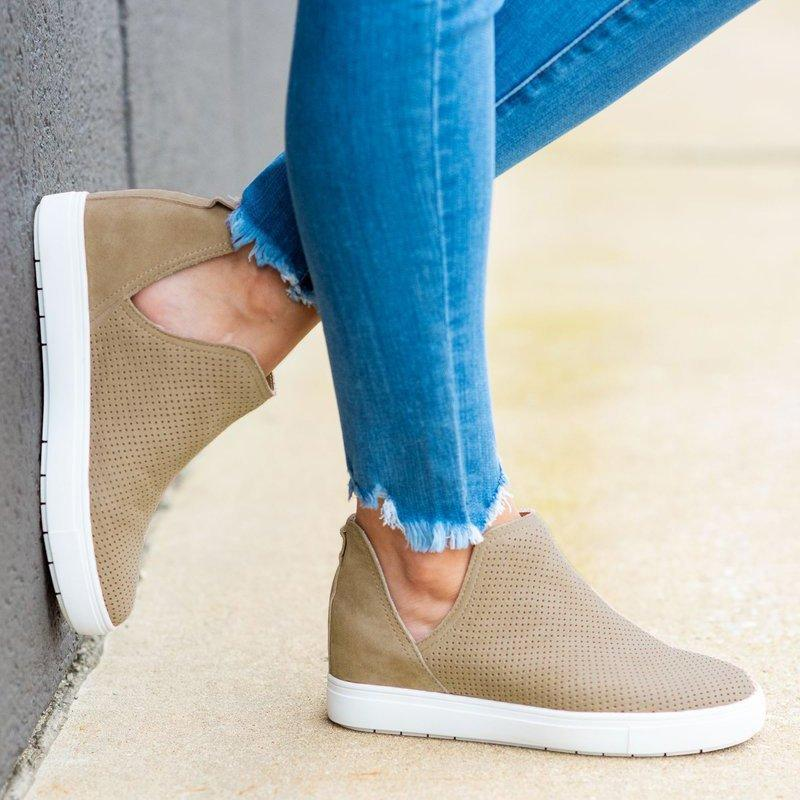Faddishshoes Slip-On Round Toe Breathable Sneakers