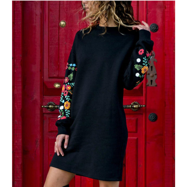 Round Neck Sexy Loose Printed Rubber Long Sleeve Dress