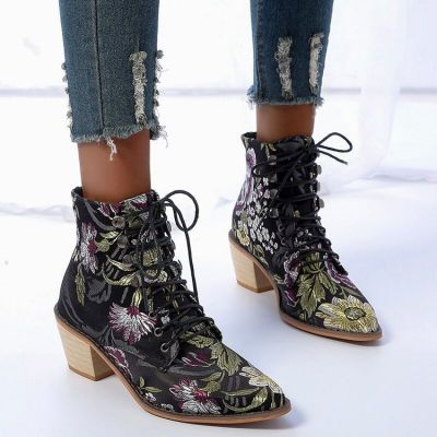 High-top Embroidered Martin Boots