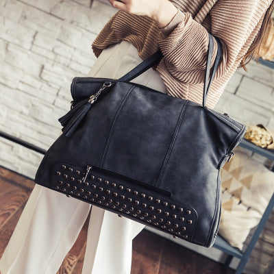 Rivet Tassel Single Shoulder Bag