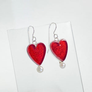 Heart Earrings with Pearl in Cherry