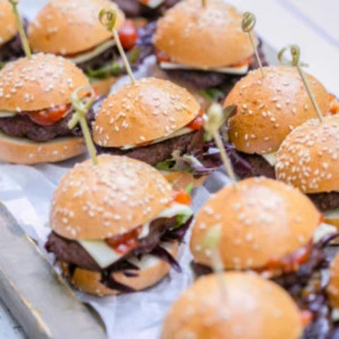 Crispy pork belly sliders, pickled slaw and sriracha mayo - Serves 20pax