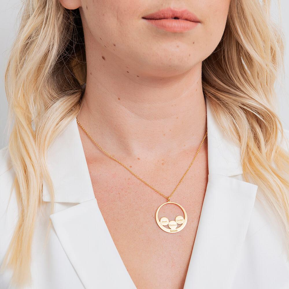 Circle Discs Engraved Mom Necklace