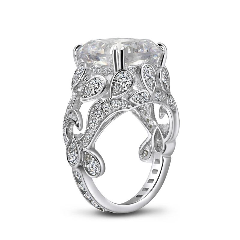 Luxury Floral Design Cushion Created White Diamond Ring