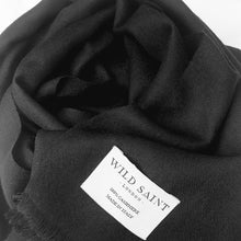 Load image into Gallery viewer, BLACK Lightweight 100% Cashmere Scarf
