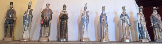 Porcelain statuettes of Spanish royalty