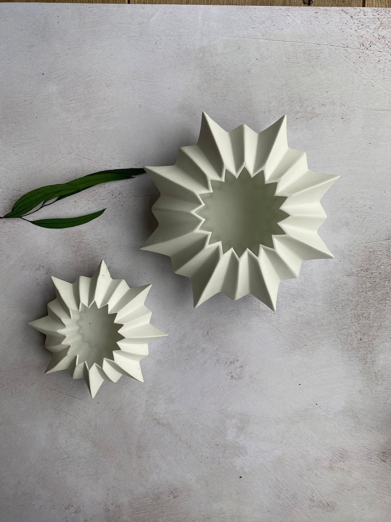 Star shape porcelain  candle holders