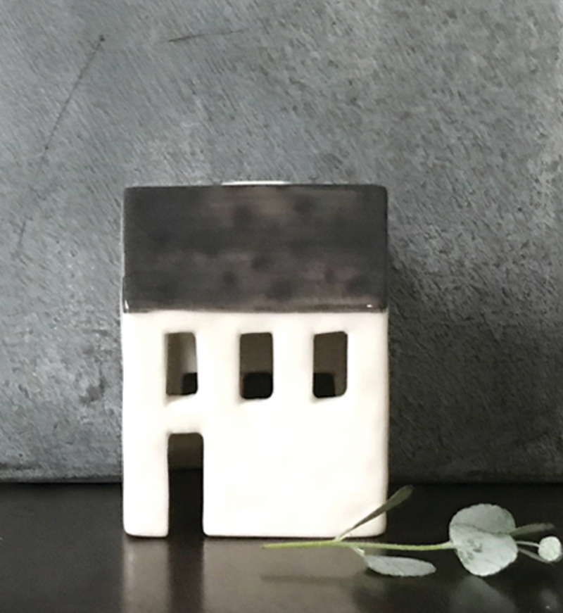 Porcelain tea light house