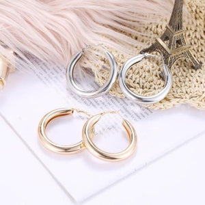 Bold Brush Finish Hoop Earrings 2mm