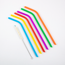 Load image into Gallery viewer, 6 Silicone Straws & Plant-Based Cleaning Brush Trade