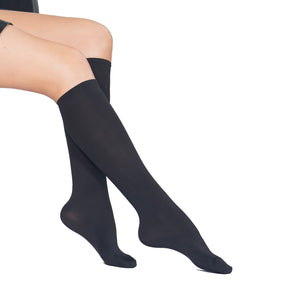 Opaque 80 Den, Velvet Touch, Reinforced Toe KneeHigh