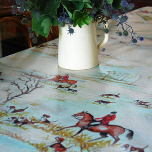 Classic English Hunting Print Linen Oilcloth