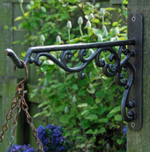 Alexander antique cast iron design garden hanging basket and lantern bracket