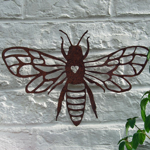 Vintage rusty metal bee garden wall art plaque