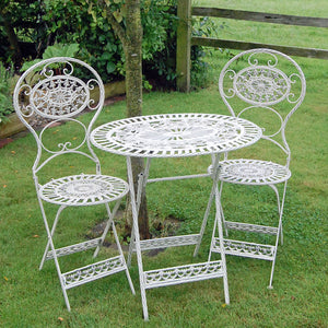 Classic estate cream garden furniture bistro set