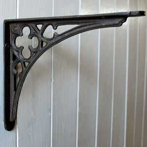 Antique cast metal Gothic decorative wall shelf bracket 200mm