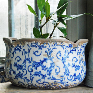Large blue Hampton ceramic round scallop edged planter