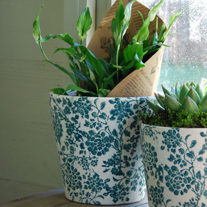 Large Barnsley terracotta cache pot green botanical print